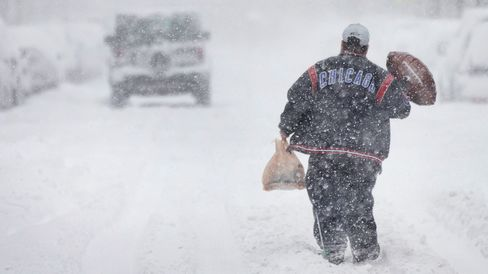 Major Winter Storm Pounds Chicago Area