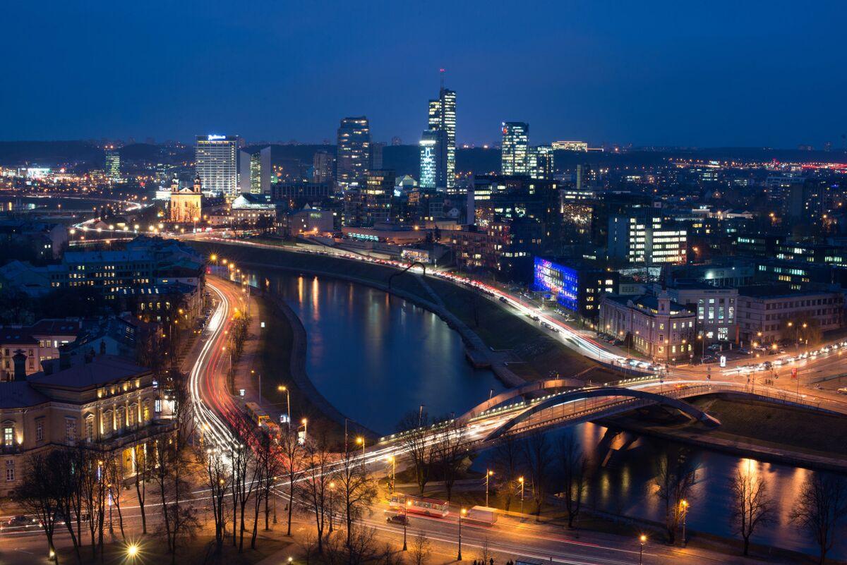 EU's Fastest Growing Fintech Hub Sees 'Evolutionary' Shift Away From Banks
