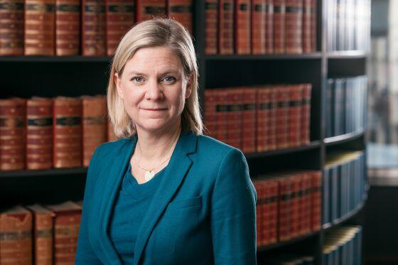 Sweden's Finance Minister Wants Debate on Riksbank Independence
