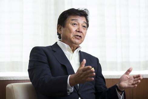日証協の鈴木茂晴会長