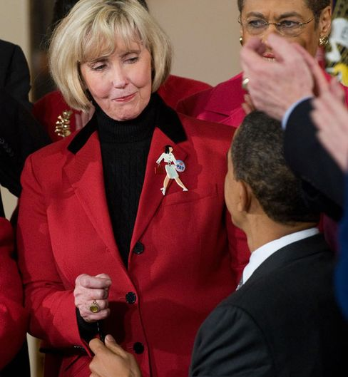 Obama Pitches Equal Pay Law to Win Women Even as Complaints Drop
