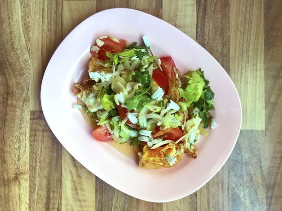 Anglo-Thai Chef's Simple Recipe for Spicy Fried-Egg Salad at Home