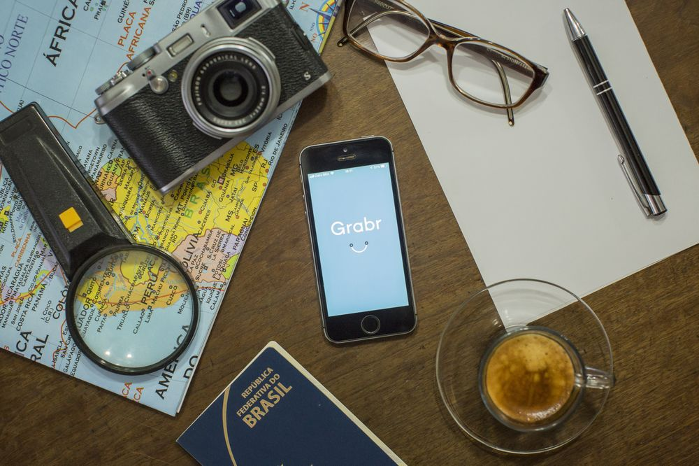 Space in Your Suitcase? App Turns Travelers Into Paid