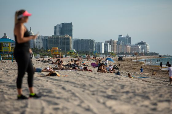 Even Record High Florida Cases Can't Keep Miami's Beaches Empty