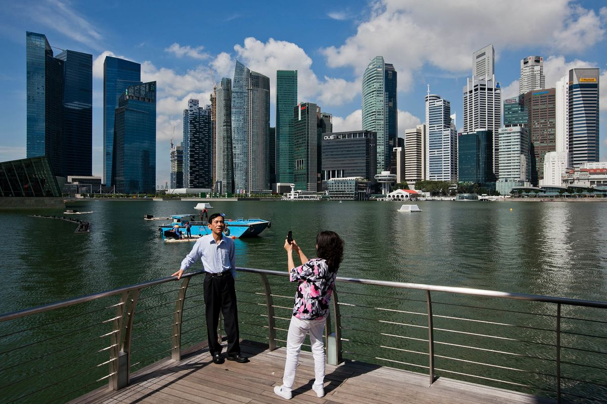 Expat Packages Are Worsening in Singapore and Hong Kong: Survey