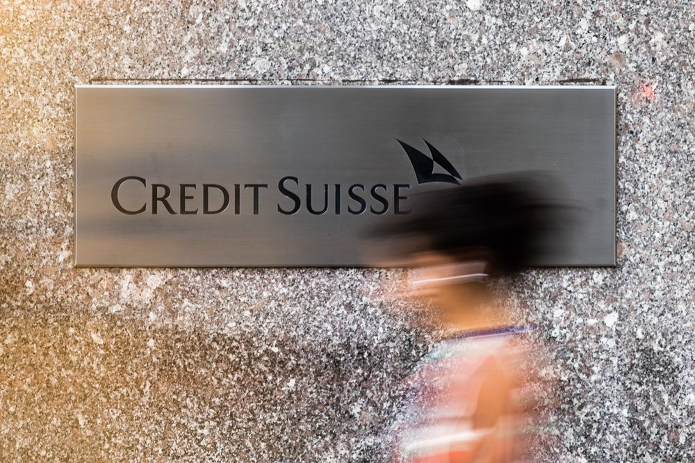 Credit Suisse to Impose Bonus Penalties on Asia Bankers Who Quit