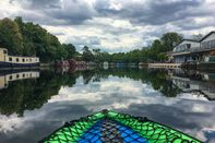relates to Want to See London the Socially Distant Way? Try Kayaking the Canals