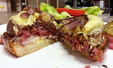 A CUT burger.