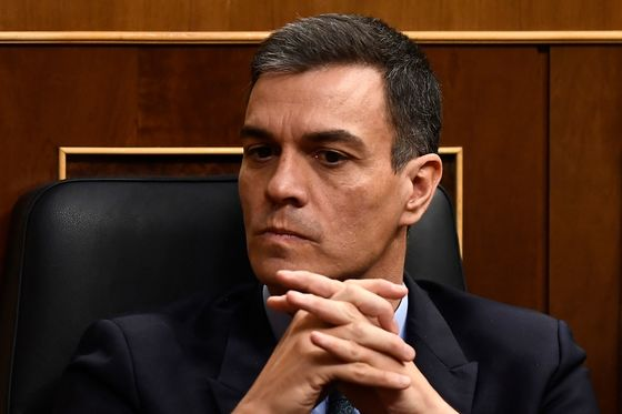 Spain on Brink of Elections With Announcement ExpectedFriday