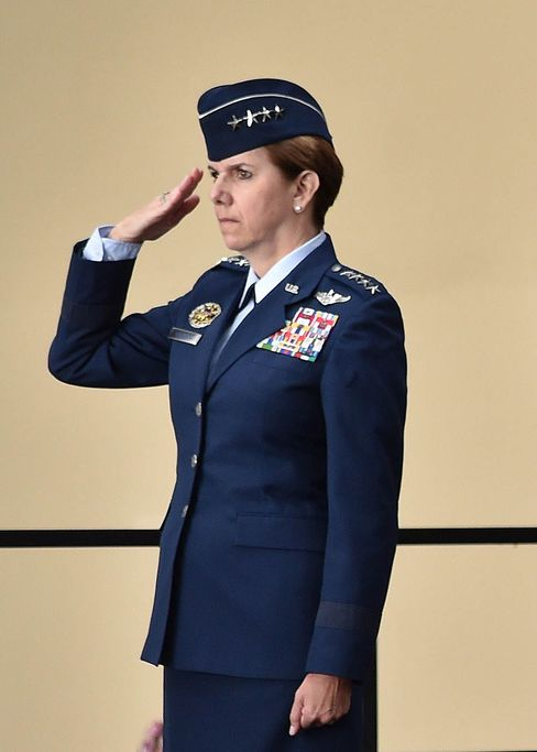 USAF General Lori Robinson
