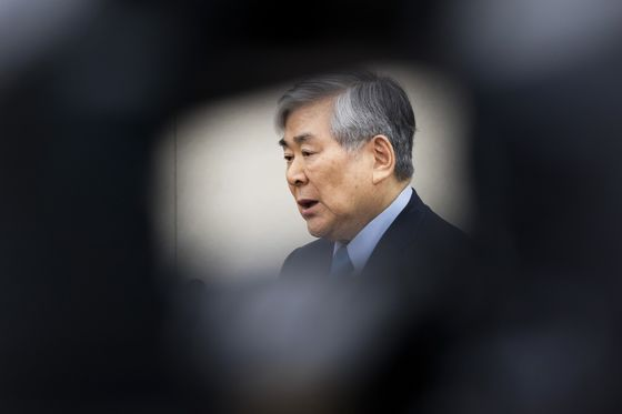 Korean Air's Chairman Faces Trial After Embezzlement Probe