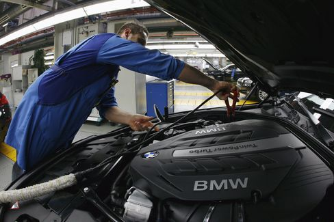 Euro-Area Services, Manufacturing Contract for Seventh Month
