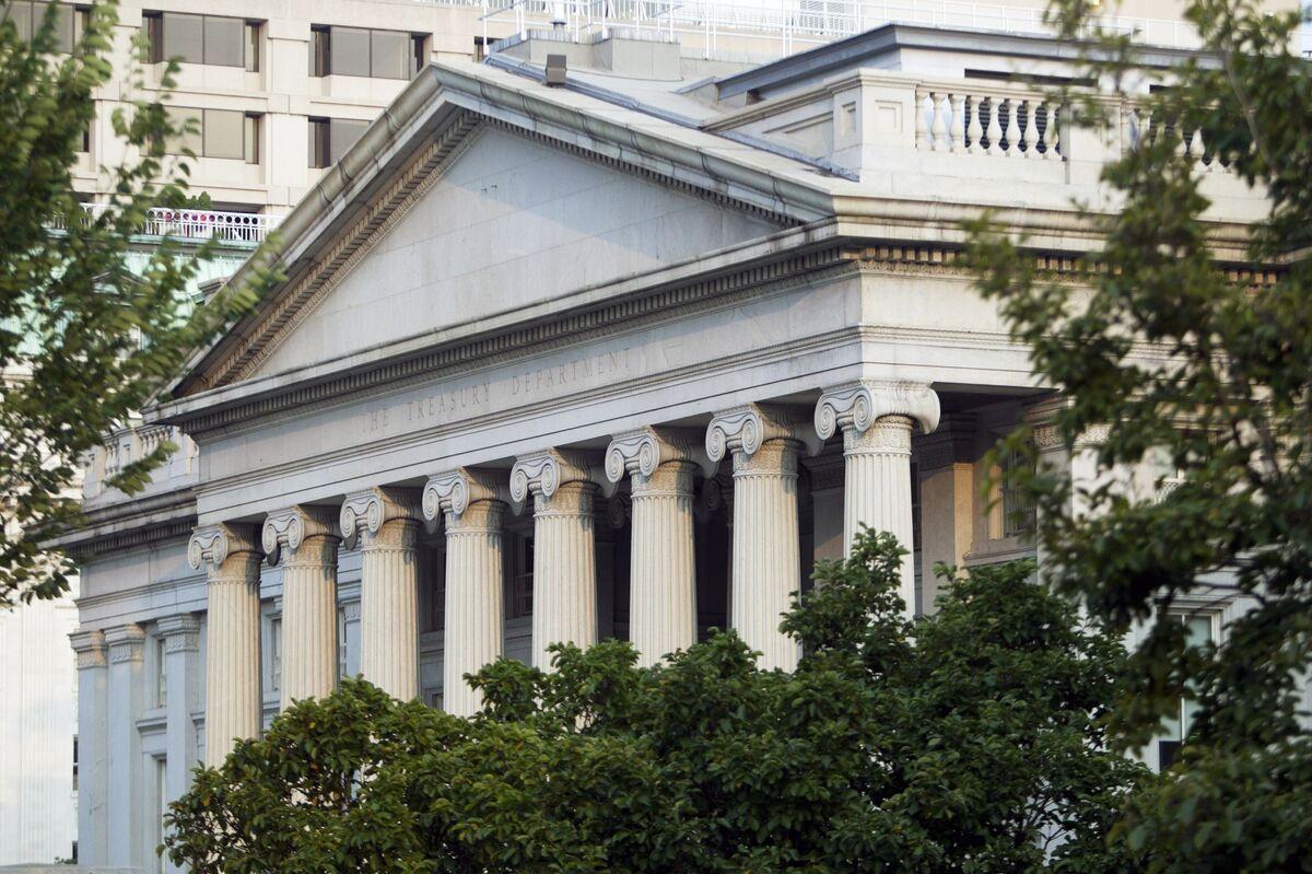 Treasury 10-Year Yield Slides Below 2% to Lead Global Decline