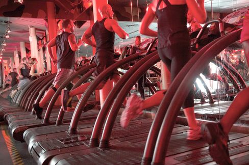 Sweaty Brokers Abandon Booze to Treat Traders to $34 Spin Class