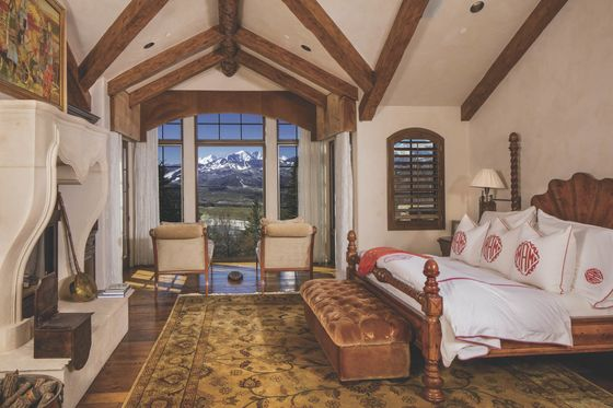 Rich Baby Boomers Want Master Bedrooms the Size of Apartments