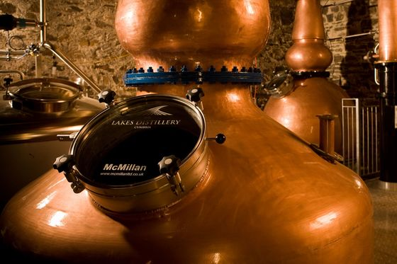 English Distiller Throws Gauntlet to Scotch With New Single Malt