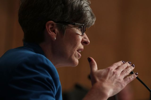 Republican Senator Joni Ernst Says She Was Raped in College - Bloomberg