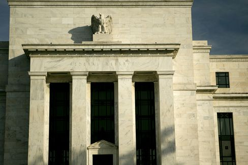 Fed's 12 District Banks Back Tougher Money Market Fund Oversight