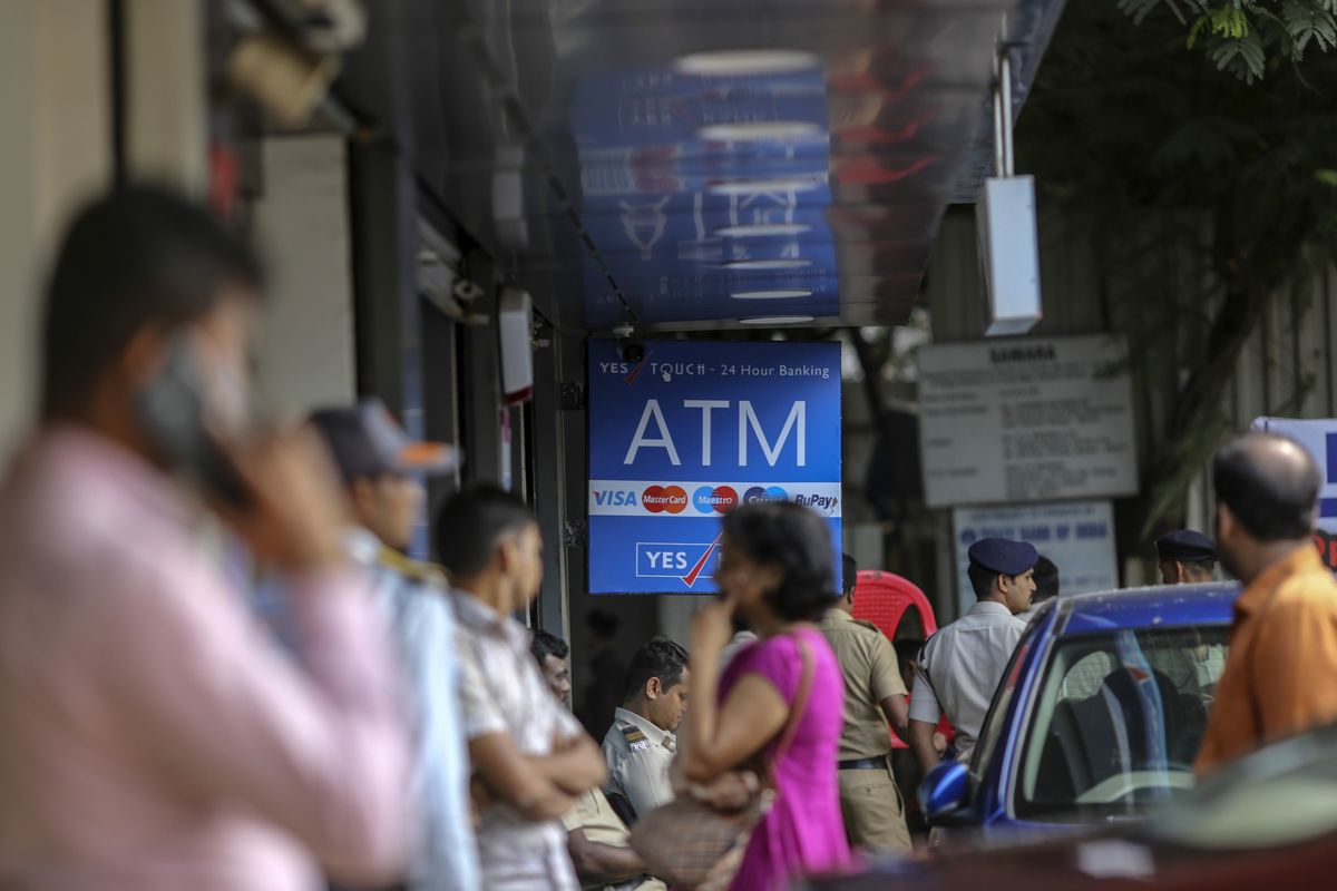 Ex-Central Banker Warns of Financial Instability Risks in India