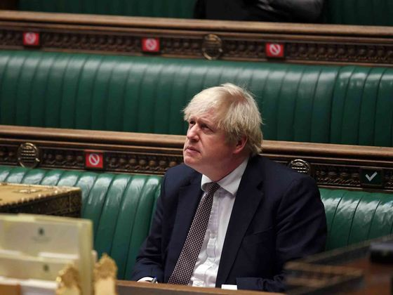 Johnson Faces Leadership Warning in Tory Row Over U.K. Lockdown
