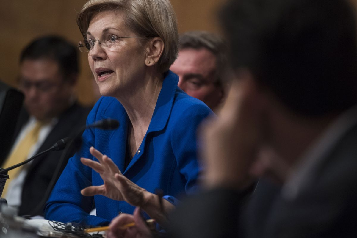 Elizabeth Warren Joins Call For SEC Probe of Navient Trades