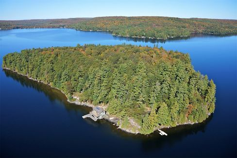 A 20-acre island on Lake of Bays in Muskoka, Central Ontario, offered by Sotheby's International Realty for $4,019,815.