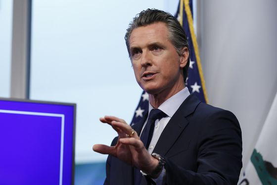 In California, Costly Spectacle Looms in Bid to Oust Newsom