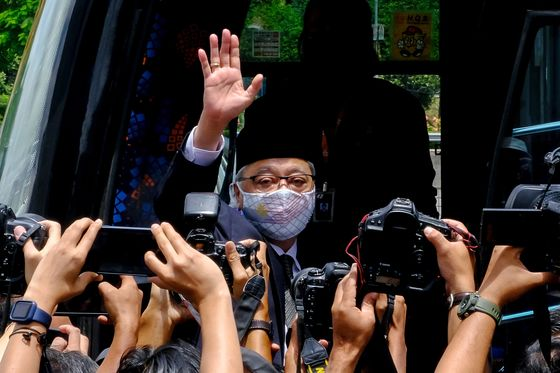 Malaysia Caretaker PM Muhyiddin Backs Former Deputy as Premier
