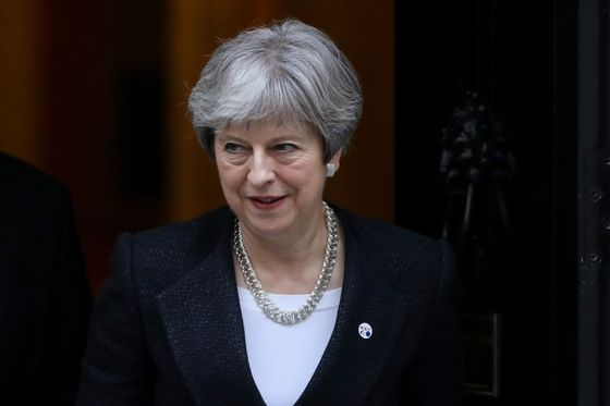 Theresa May Weighs Move to Restrict No-Deal Brexit Threat
