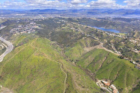 After $50 MillionPrice Cut, a Vast Bel Air Property May Still Struggle