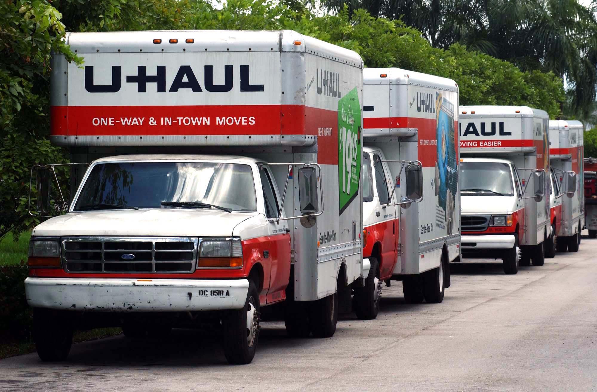 Uhaul Truck S Hidden U Haul Billionaire Emerges With Storage Empire Bloomberg