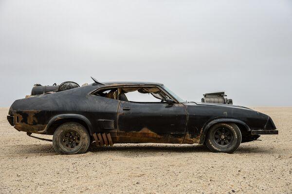 Résultats de recherche d'images pour «Mad Max cars»