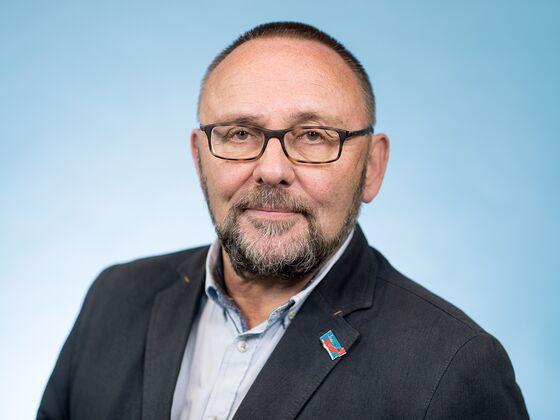 German AfD Lawmaker Severely Injured in Bremen Street Attack