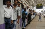 Congestion on Roads and Rail As First Round Of Indian Election Voting Gets Underway