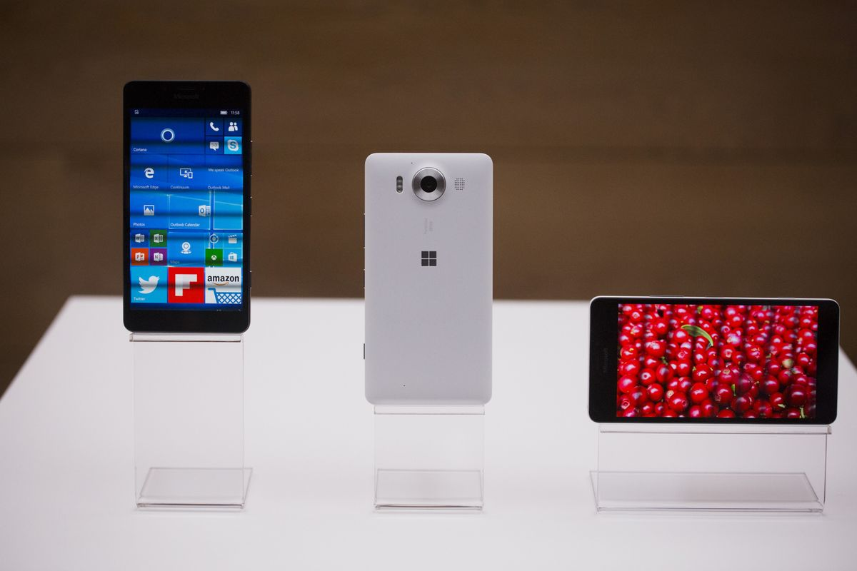 Microsoft Has a Tech Revolution It Can't Sell