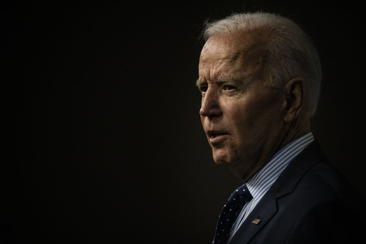 Biden to Begin Vaccine Donations Abroad as Variant Threat Looms thumbnail
