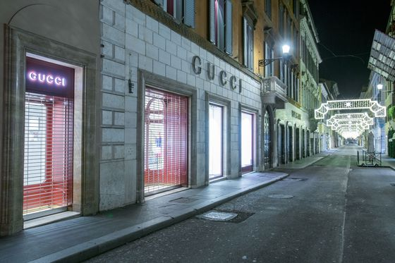 Gucci Sales Slide as Covid Ends Brand's Years of Expansion