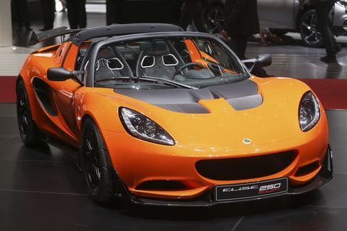 A Lotus Elise Cup 250, also on display in Geneva.