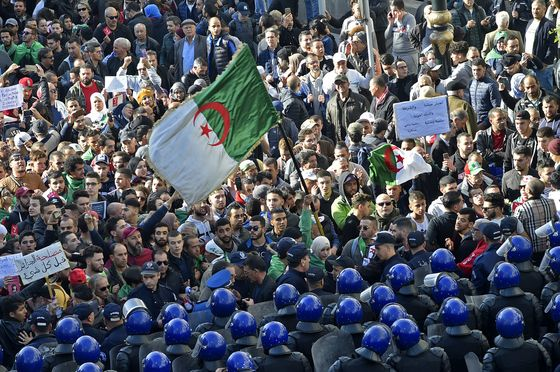 Promised New Start, Algerians Vote on Constitution Amid Cynicism
