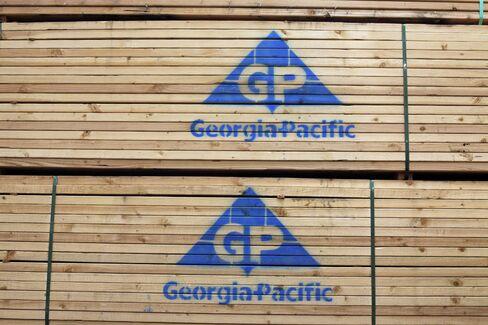 Koch's Georgia-Pacific Agrees to Buy Buckeye for $1.45 Billion