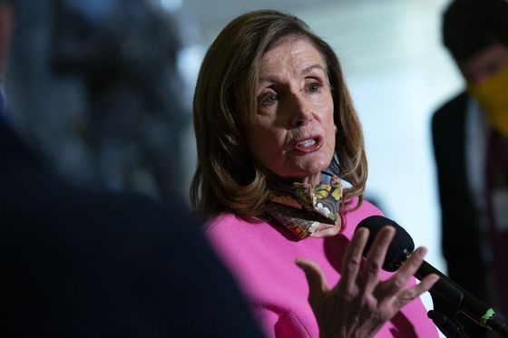 Trump, Pelosi Place Diverging Bets on Economy and Stimulus Blame