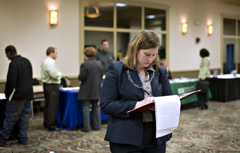 Jobless Claims in U.S. Unexpectedly Drop to Three-Year Low