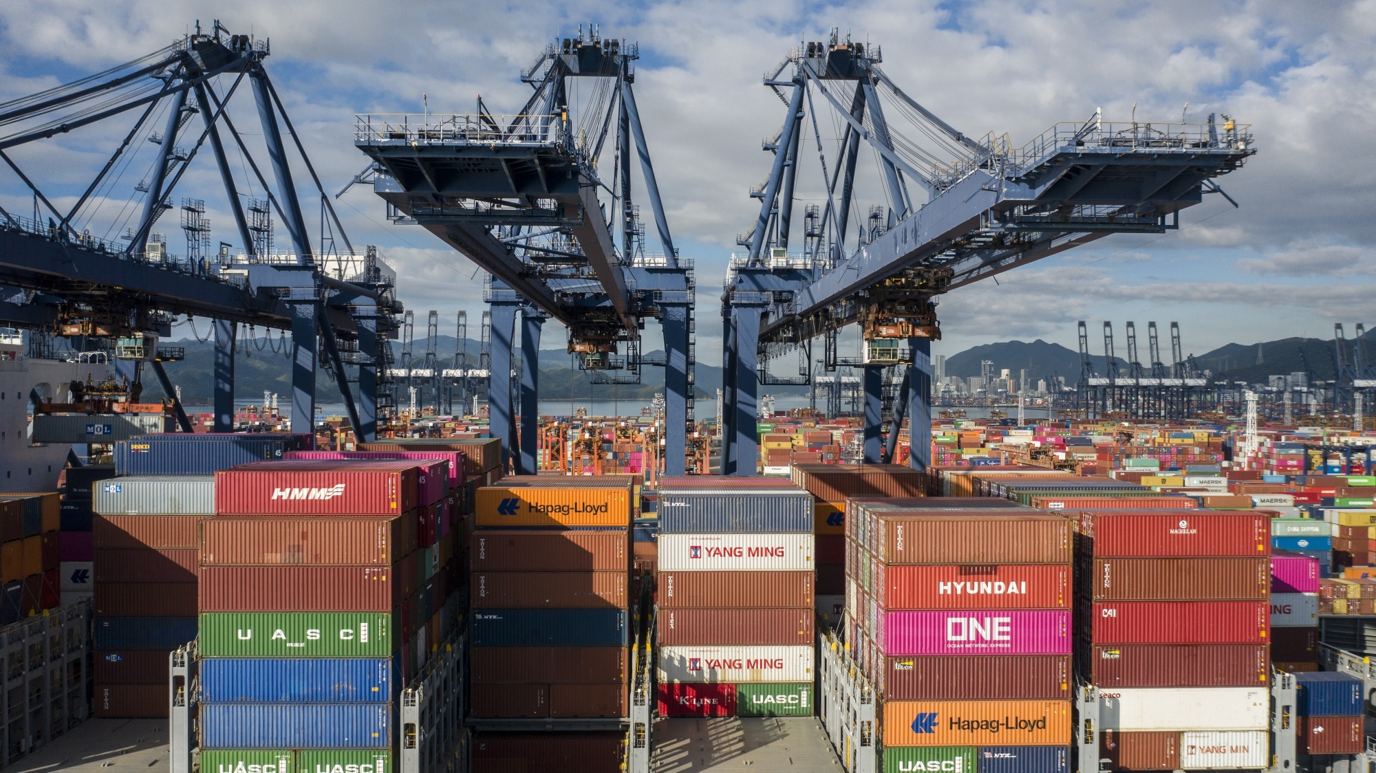 One of World's Top Ports Expects Delays on China Covid Outbreak - Bloomberg