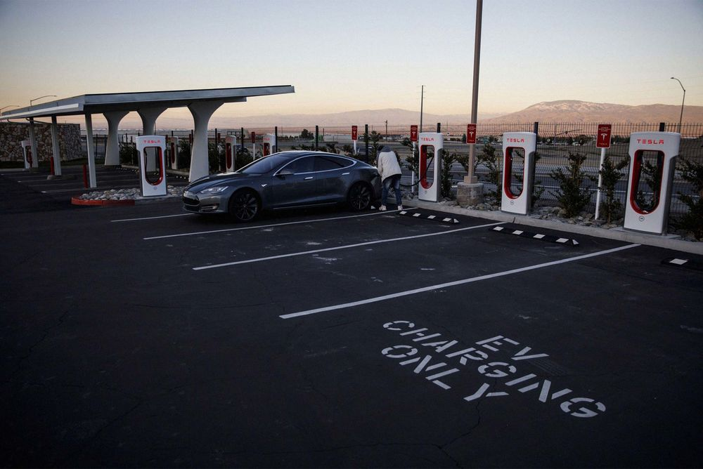 A Tesla Supercharger In California