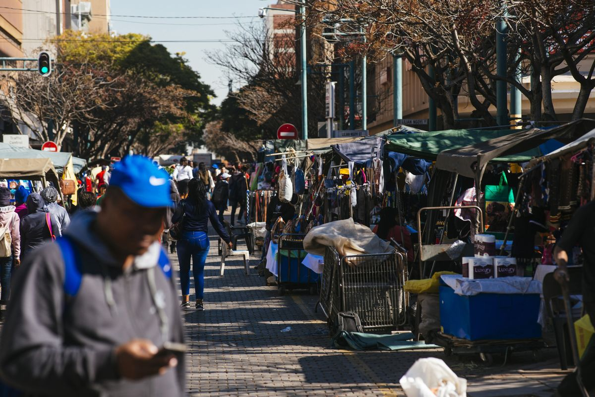 Moody's Says It's Too Early to Assess South Africa's Progress