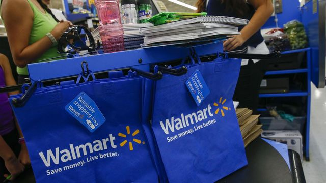 Wal-Mart Asks Employees to Deliver Packages on Their Way