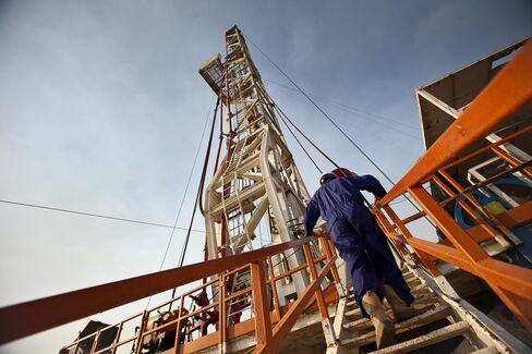 Poorest Nations Host Biggest Gas Finds in Sign of Deals