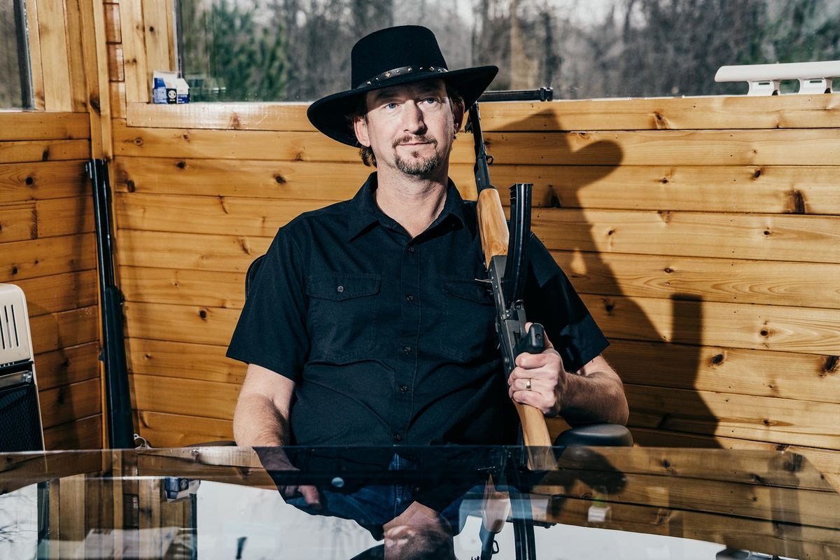 How One Man Got Rich Selling Machine Guns