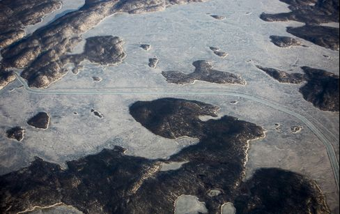 An ice road that connects Yellowknife and the Diavik Diamond Mine in Northwest Territories, Canada.