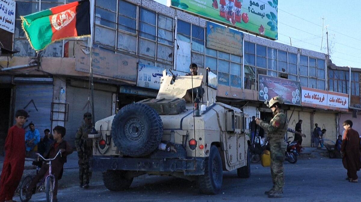 Taliban Seizes Border Posts, Draining Key Afghan Income Source